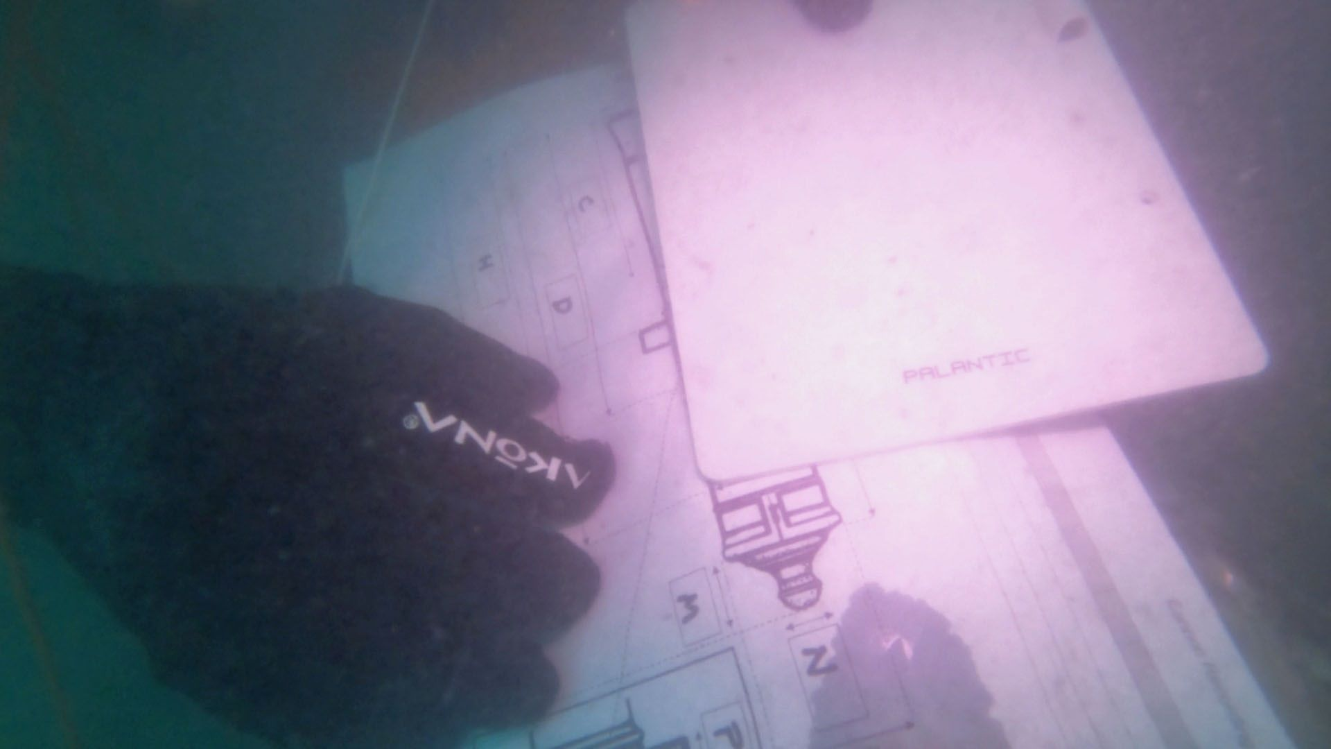 Seafarer-Exploration-8-Cannon-measurement-sheet-that-is-used-by-the-underwater-archaeology-team